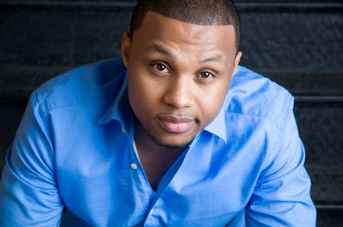 Todd Dulaney - Pulling Me Through Mp3 Download